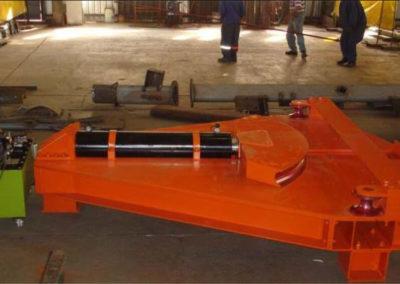 200 ton Pipe Bender